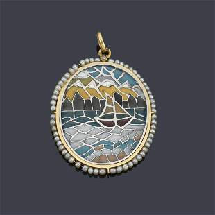Circular pendant with a marine motif in polychrome