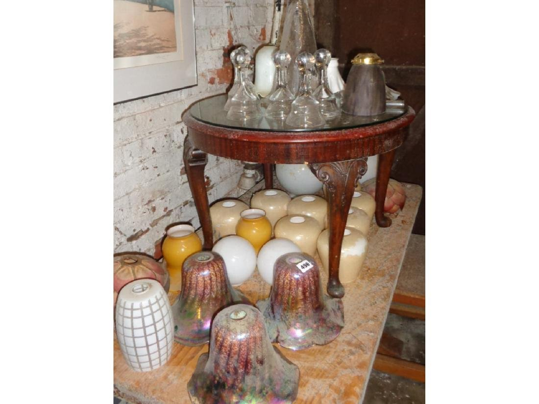 Collection of assorted glass light shades (21), and
