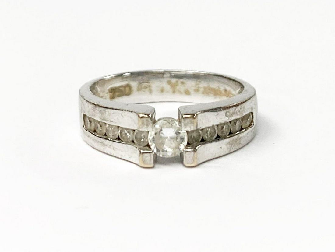THICK 18K SILVER ROUND DIAMOND RING