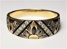 BEAUTIFUL DESIGN 14K GOLD RING WITH DIAMONDS
