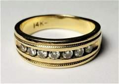 BEAUTIFUL 14K DIAMOND STUDDED GOLD RING SIZE 45