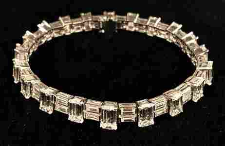 $110,000 21ct+ DIAMOND TENNIS BRACELET