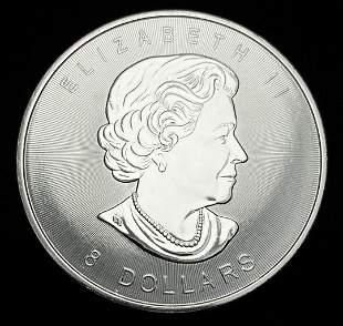 2015 1.5 Ounce Silver Canadian Polar Bear