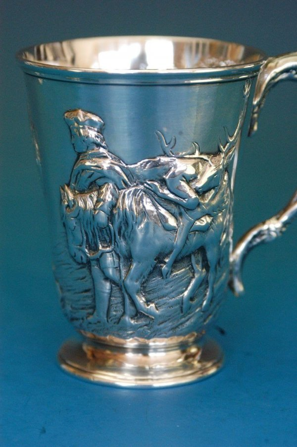 516: English Victorian sterling handled mug.