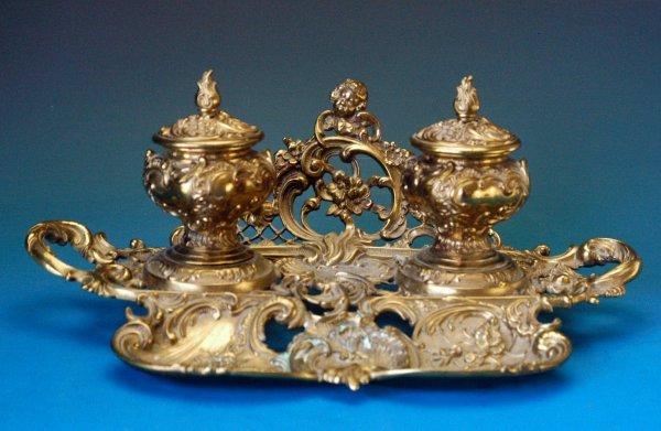 709: Geschutzt Ornate German brass inkstand