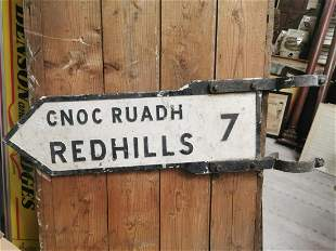 Redhills double sided road sign.