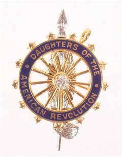 A 14k Gold Daughters of the Revolution Pin