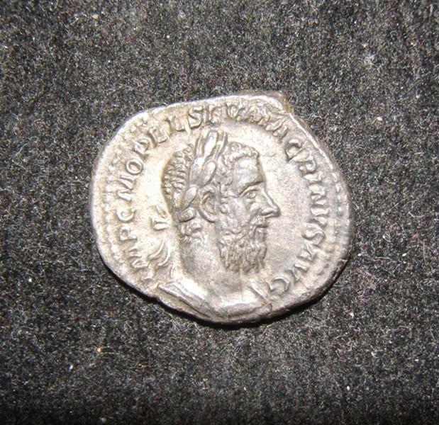 Roman Imperial Macrinus AR Denarius SECURITAS TEMPORVM