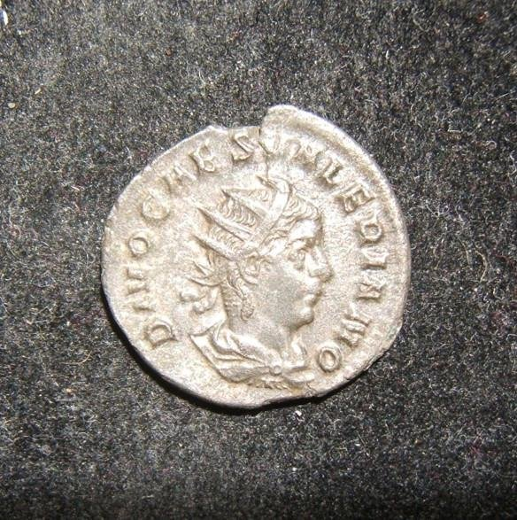 Roman Imperial Divus Valerian II BI Antoninianus