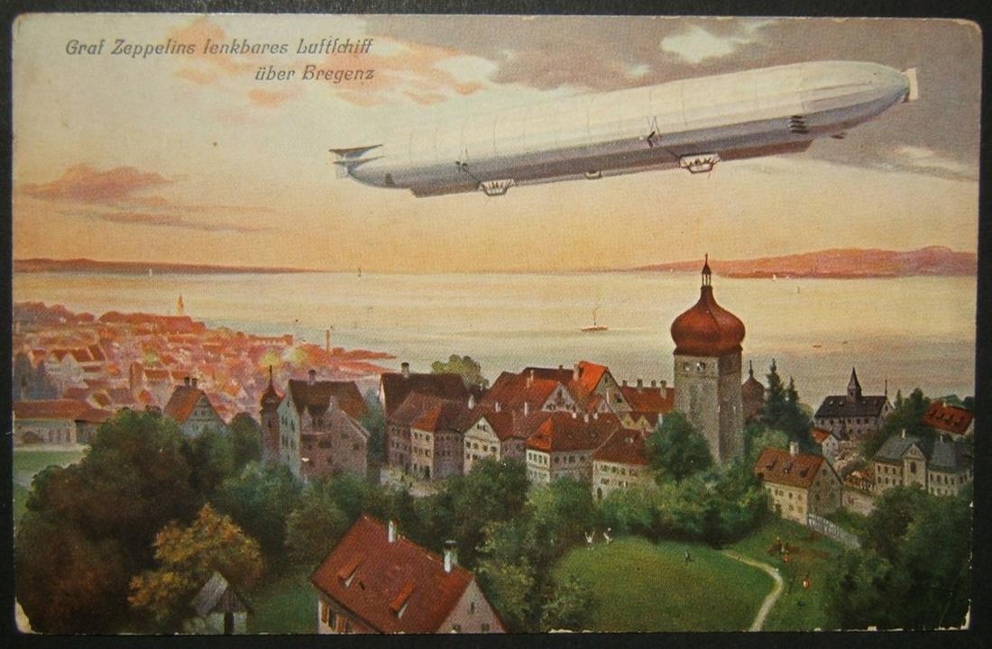 German unused color picture postcard Graf Zeppelin LZ