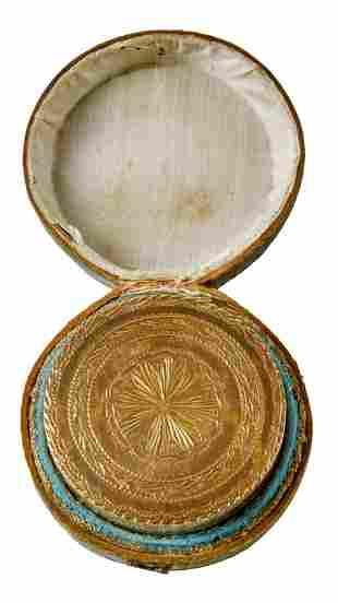 Deckeldose im Originaletui, Neapel, E. 18. Jh.