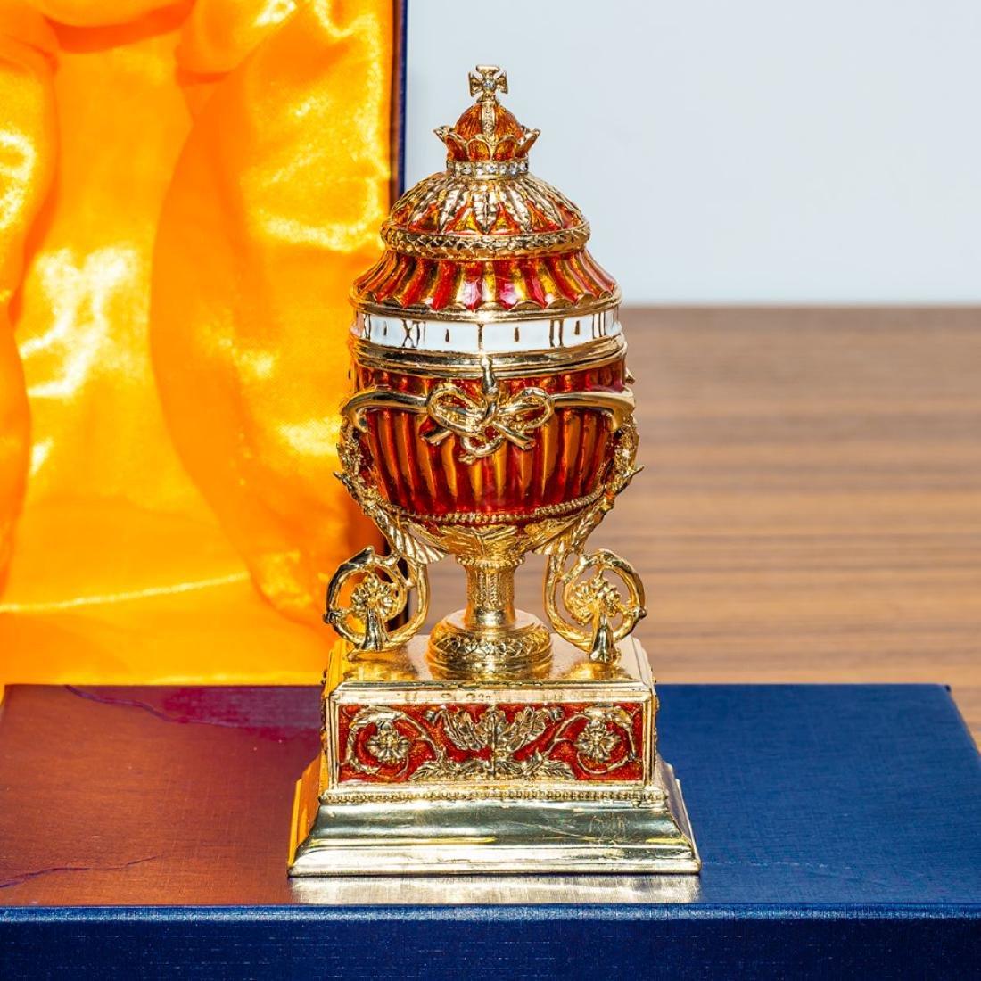 1899 Bouquet of Lilies Clock Royal Russian Egg