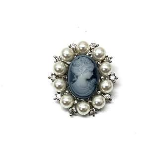 Grey & Silver Pearl Cameo Broach With Silhouette Of A
