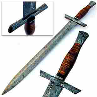 Stunning MEDIEVAL ARMING Damascus Sword