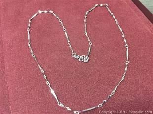 Elegant Twist Link Sterling Silver 925 Necklace