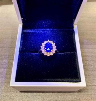 Lady Diana Blue Sapphire Yellow Gold Cluster Ring