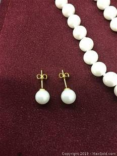 Elegant Matching Pearl Necklace And Earrings