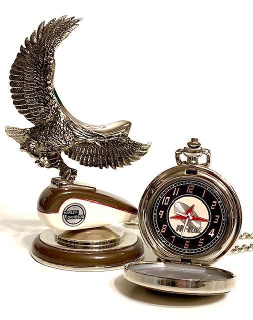 Genuine HARLEY-DAVIDSON Pocket Watch Stand with Chain
