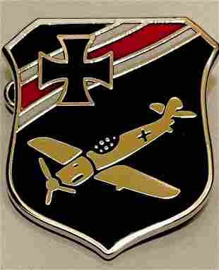 WW2 German Luftwaffe Enameled Bomber Pilot Lapel Pin