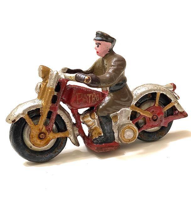 HARLEY DAVIDSON Cast Iron Policeman Motorcycle Toy