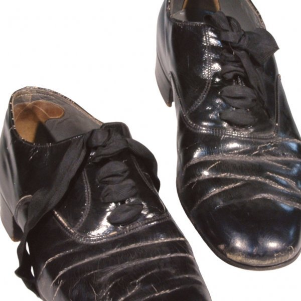 15: Fred Astaire Autographed Shoes - 2