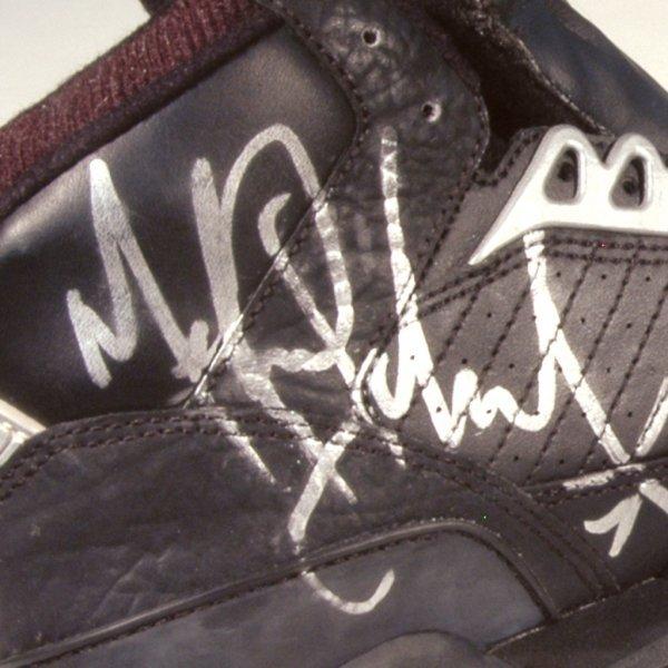 561: Michael Jackson Autographed LA Gear Sneakers - 2