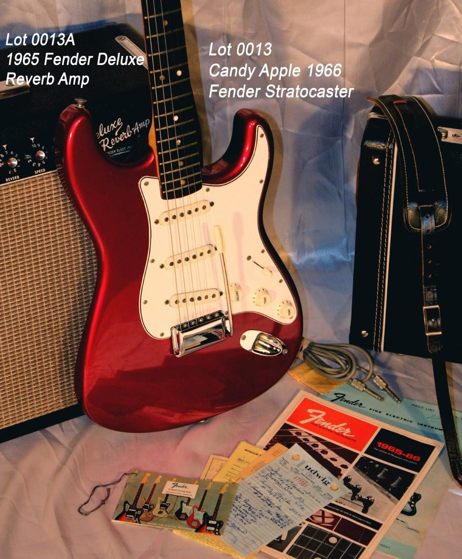 Candy Apple 1966 Fender Stratocaster