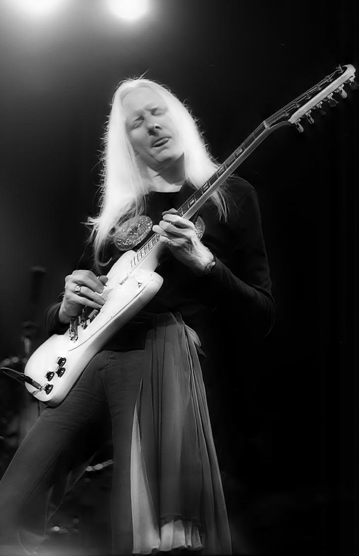 Johnny Winter 12-string Gibson Firebird - 10
