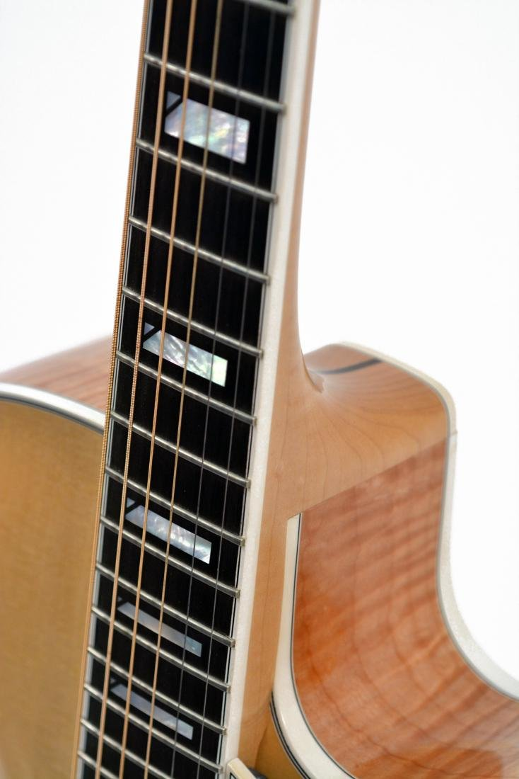 1994 Fender D'Aquisto Blonde Ultra Archtop, #002 - 8