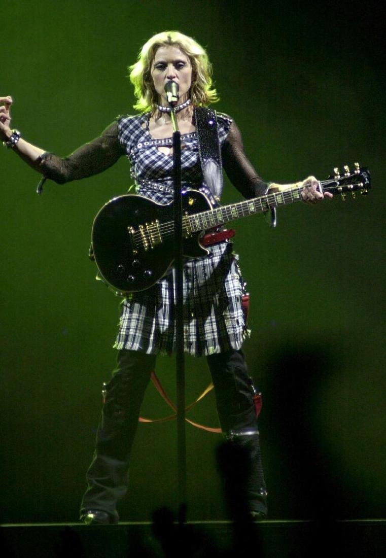 Madonna's First Performance Used Gibson Les Paul - 3