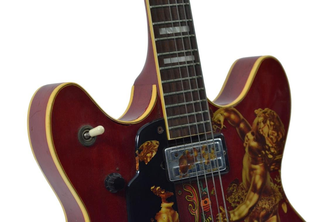 Jimi Hendrix's 1967 Electric Guild Starfire V - 4