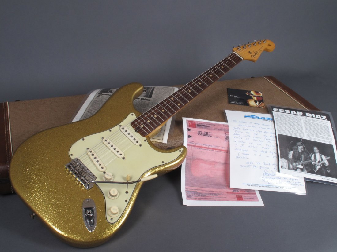 Bob Dylan's 1962 Gold Sparkle Fender Stratocaster