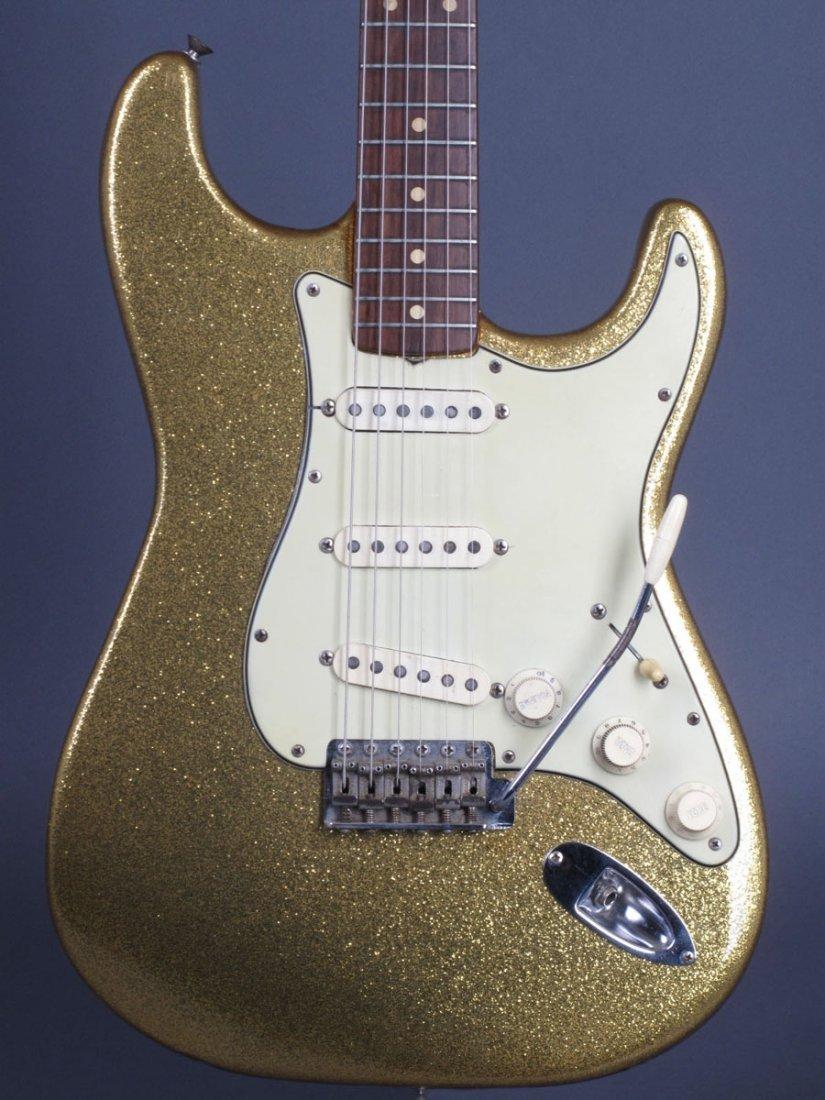 Bob Dylan's 1962 Gold Sparkle Fender Stratocaster - 4
