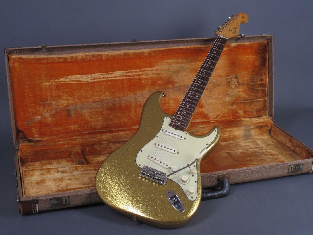 Bob Dylan's 1962 Gold Sparkle Fender Stratocaster - 8