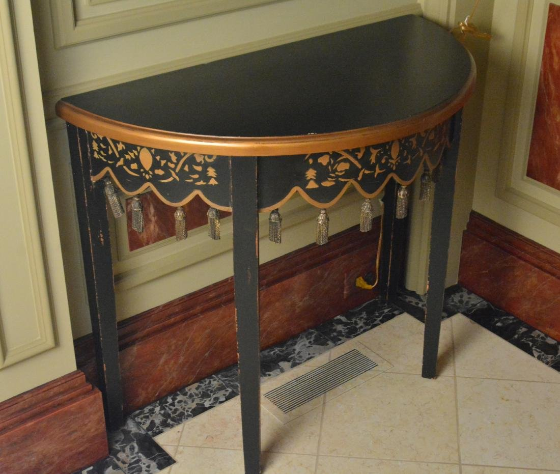 Oriental Style Lacquered Table - 3