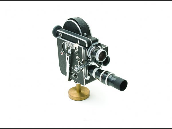 12: C10 - 16MM MOVIE CAMERA , 1955