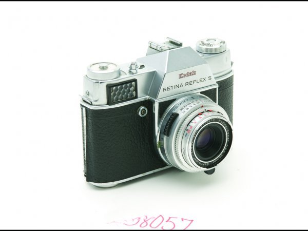 22: C19A - KODAK RETINA REFLEX S 35 MM CAMERA