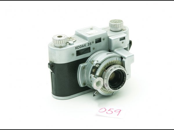 23: C19B - KODAK 35MM CAMERA WITH ANISTAR LENS