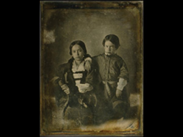 924: D19 - ATTRIBUTED TO DAGUERRE
