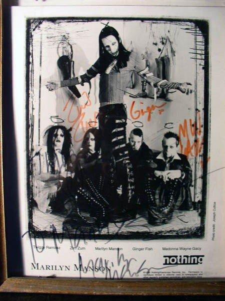 1147: The Ramones, Marilyn Manson
