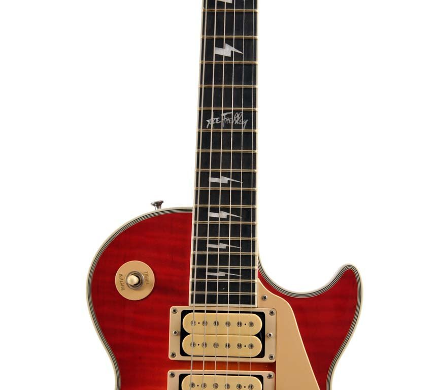 Gibson Ace Frehley Les Paul Signed by Ace Frehley - 5