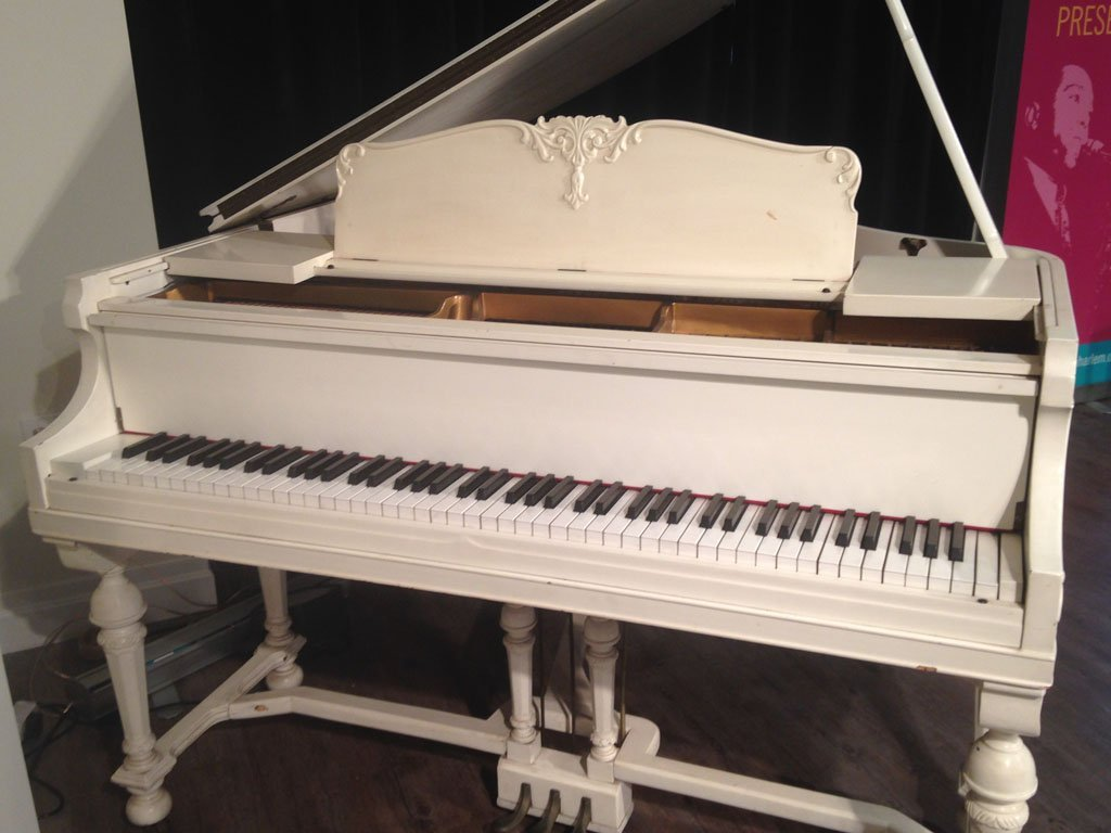 Duke Ellington's Baby Grand Piano - 6