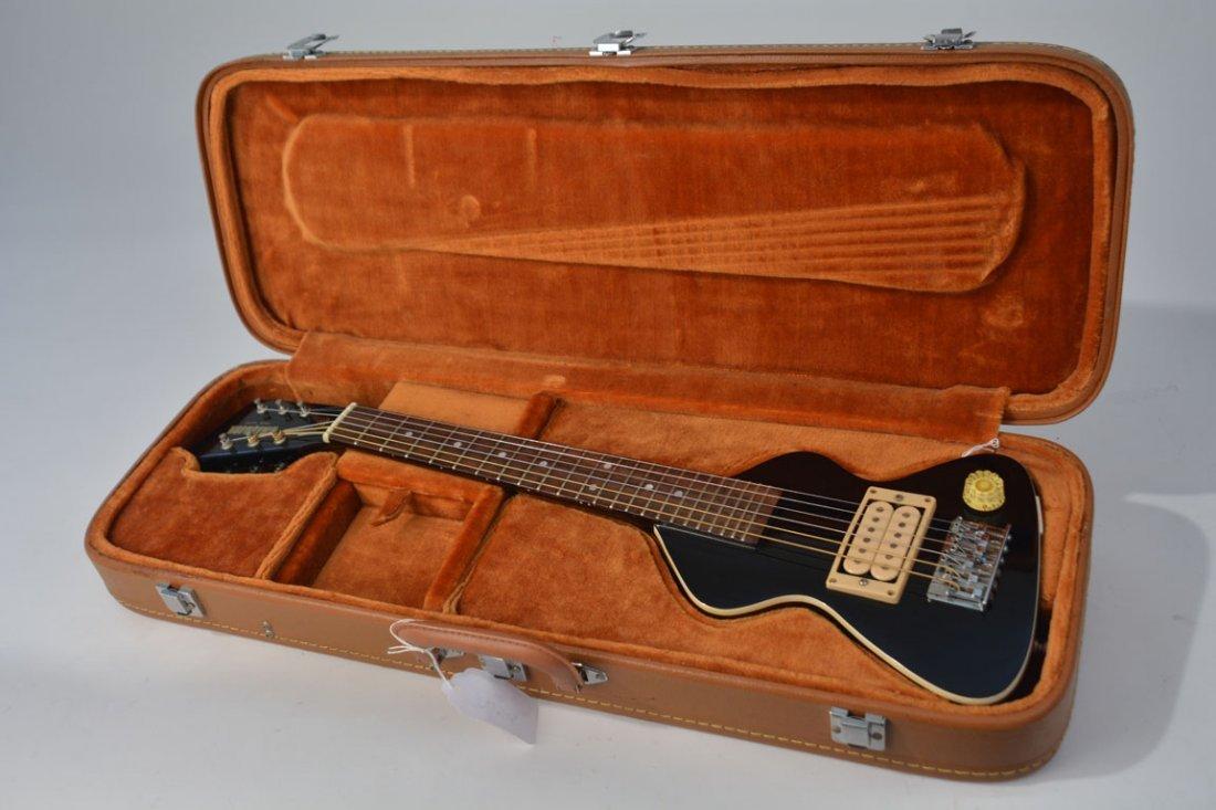 Black Chiquita Travel Guitar and Chiquita Amplifier - 10