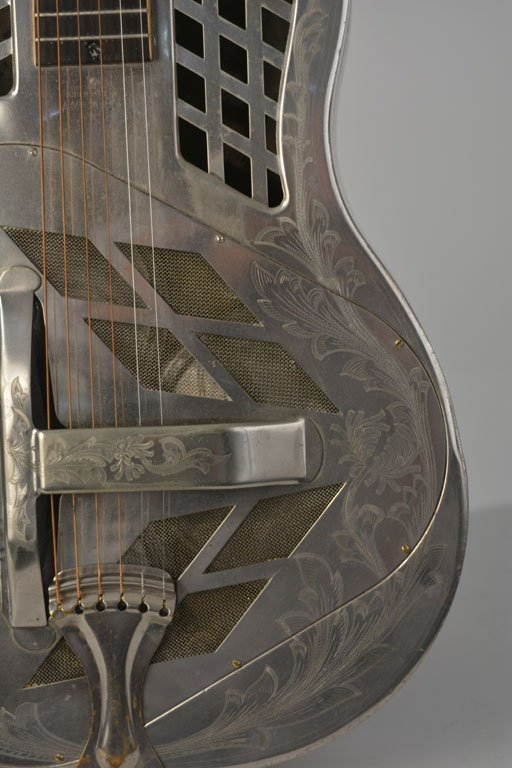 "National Style 4 Tricone ""Chrysanthemum"" Guitar - 8"