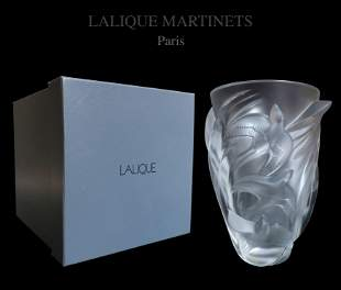 Authentic Lalique Martinets Swallow Large Clear Frosted