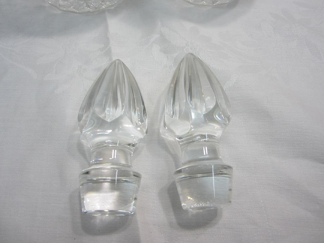 A Pair of Crystal Decanters with stoppers - 2