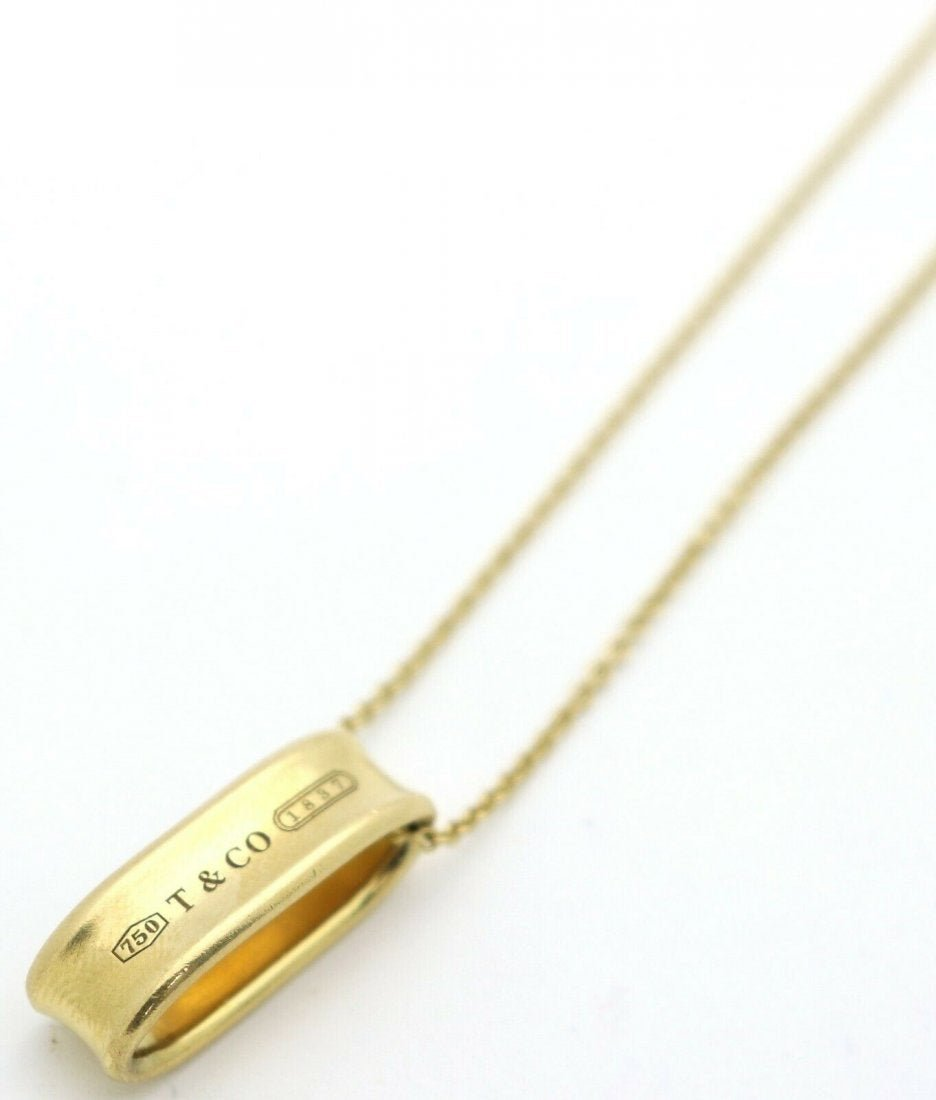 TIFFANY & CO 18K NECKLACE WITH OVAL SLIDER PENDANT
