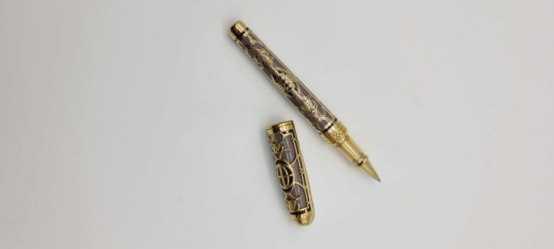 S.T. DUPONT NEW YORK 5TH AVE LIMITED EDITION 5 PIECE SE