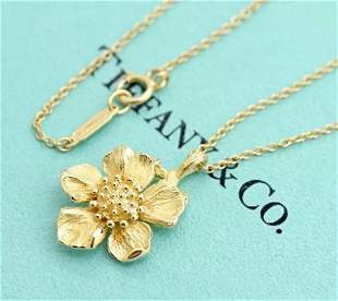 Tiffany & Co 18K Gold Wild Rose Dogwood Flower Necklace