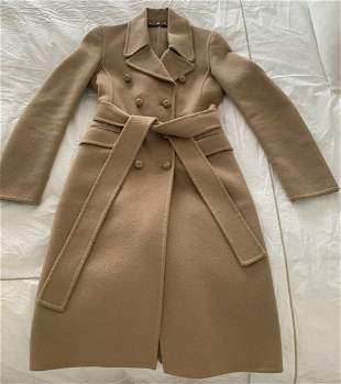 Elegant Gucci Wool Trench Coat